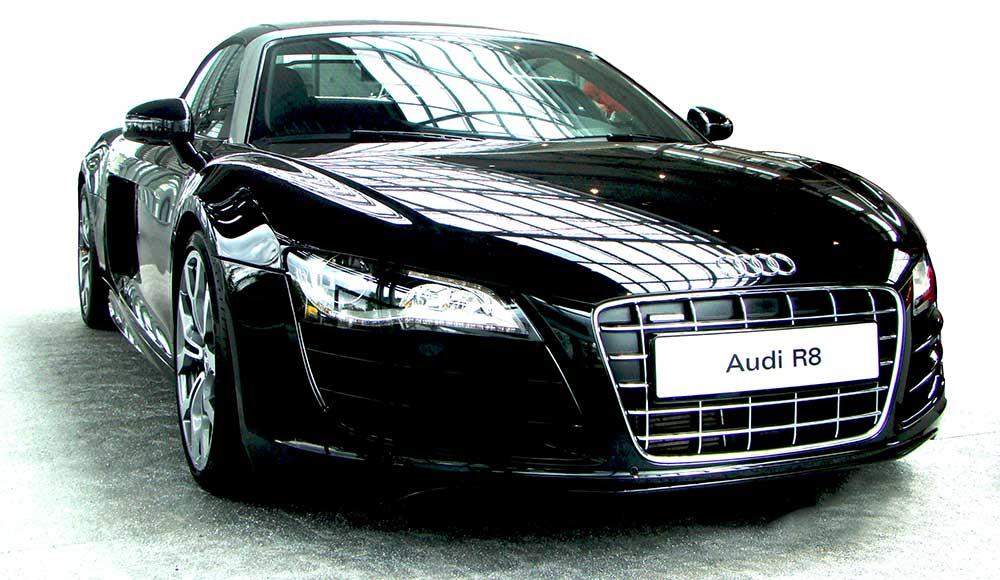 Audi_R8_3_Quarter_web